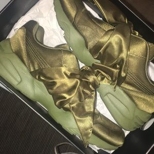 FENTY Olive branch BOW sneakers size: 9.5